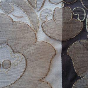 Tessuto decorato a fiori con righe in stock