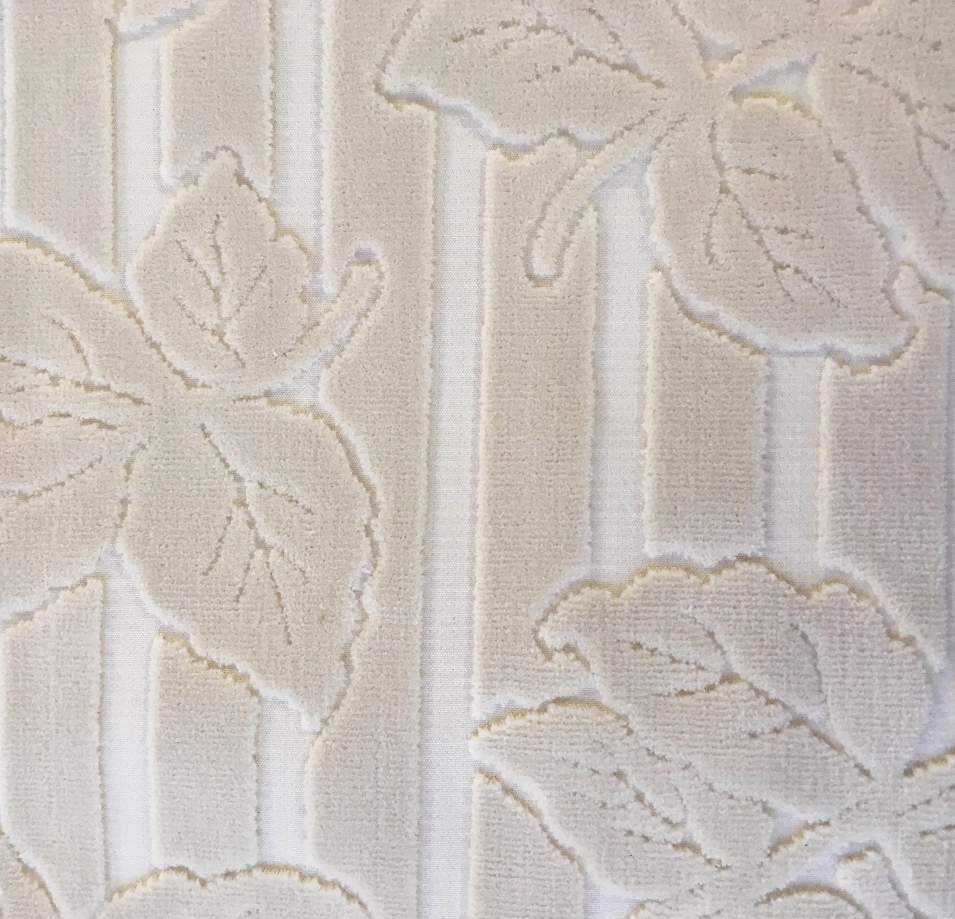 Velluto in cotone con fantasia floreale chiara 7 metri